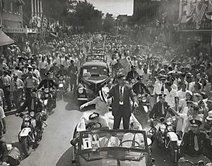 Willkie returns to Elwood, August 1940